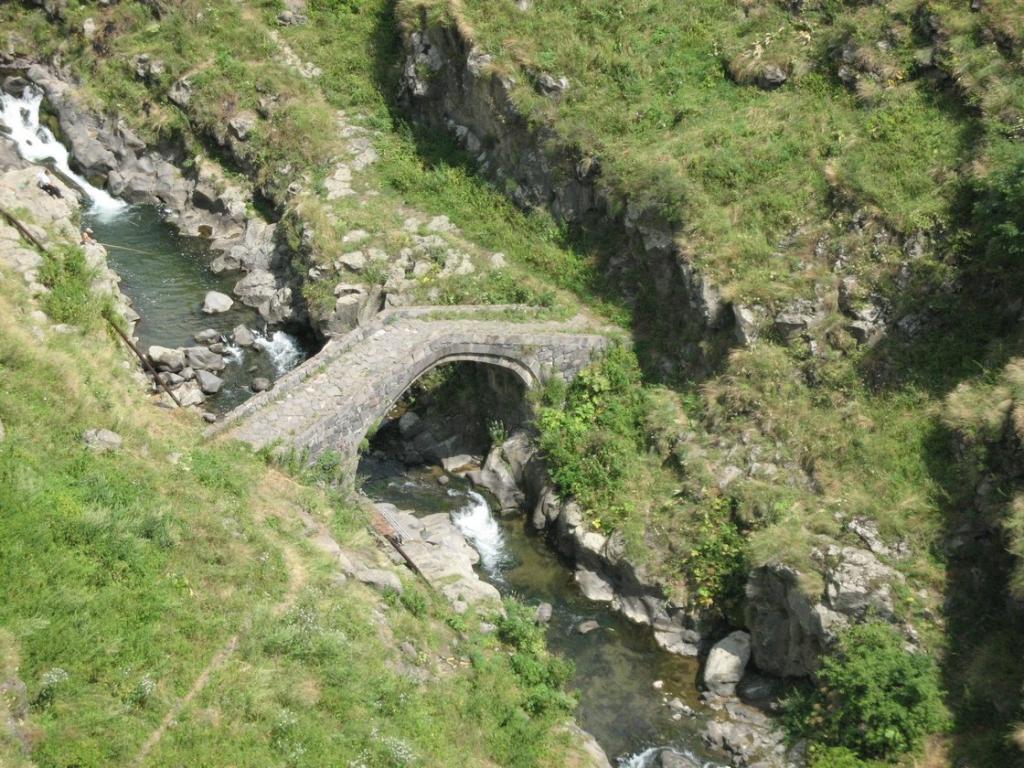 «Լոռի բերդ» կամուրջ (XI-XII դարեր)